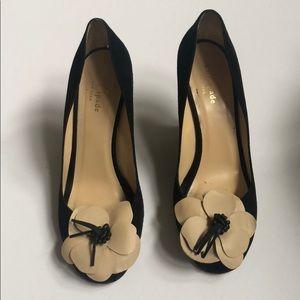 Kate Spade Caelyn floral peep toe wedge heel sz 9